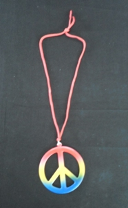 peace-sign-necklace